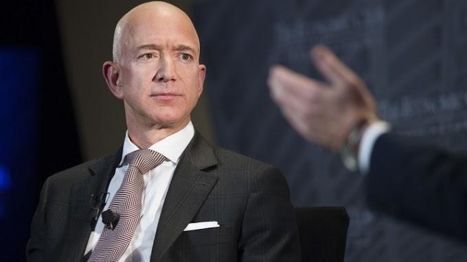 देखिए Amazon के मालिक Jeff Bezos को झटका, अब नहीं रहे दुनिया के सबसे अमीर शख्स ! Bill Gates  आ पहुंचे No.1 पर  |