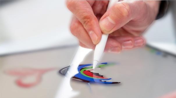 يعد جهاز Apple Pencil 2 لأجهزة iPad Pro مفيدًا ، لكن وظيفته لا تقترب من مدى سهولة استخدام قلم S Pen لأجهزة مثل سلسلة Samsung Galaxy Note. ومع ذلك ، تشير براءة اختراع جهاز iPad Pro 2020 الجديد إلى أن Apple قد يكون لديها بعض التحسينات الكبيرة في المتجر للأجهزة اللوحية المميزة القادمة.