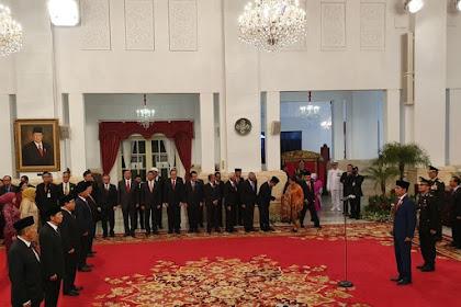 Komisaris Adaro, Perampas Tanah Rakyat Dapat Bintang Jasa Istana