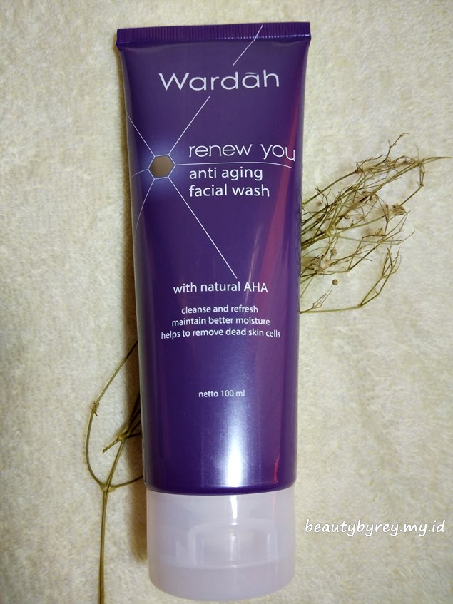 Review Wardah Renew You Anti Aging Facial Wash