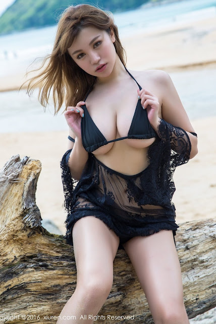 Hot and sexy big boobs photos of beautiful busty asian hottie chick Chinese booty model Liu Ya Xi photo highlights on Pinays Finest Sexy Nude Photo Collection site.