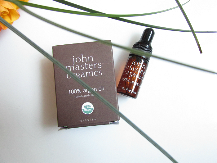 Unboxing: LoveLula Beauty Box Dezember - john masters organics - 100% Argan Oil - 3ml Tester