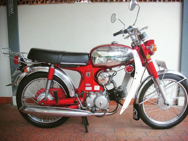 Sejarah Motor Klasik Honda S90 Di indonesia