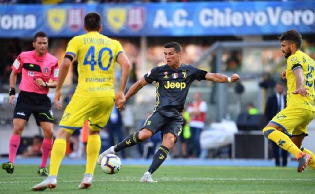 Anticipo Serie A: Cristiano Ronaldo non segna ma è determinante in Chievo-Juventus 2-3.