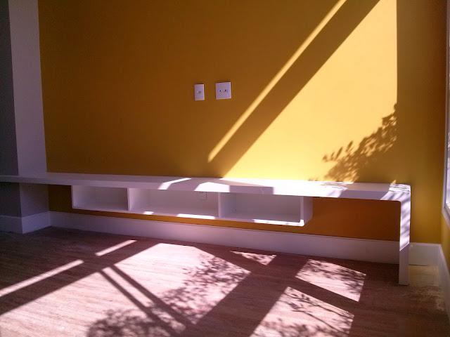 Pintura cor amarela