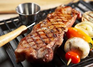 تفسير مشاهدة تناول اللحم المشوي في الحلم