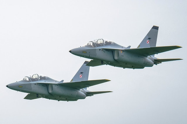 Poland buys four additional M-346