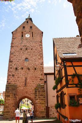 Facciata esterna del Dolder di Riquewihr