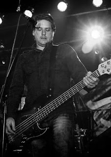 Lorne McGregor (Ex McCree) on bass guitar