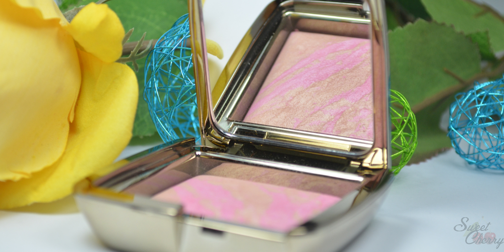 Review | Hourglass Ambient Lighting Blush Radiant Magenta