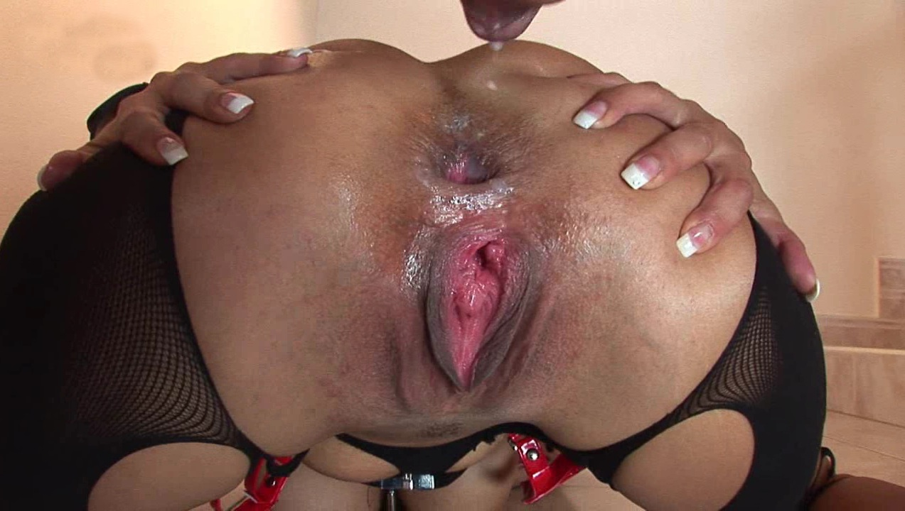 Horny milf stretched wide