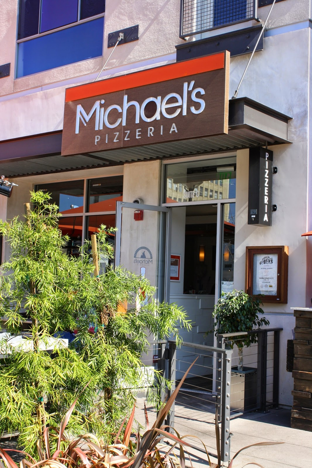 michael's pizzeria review