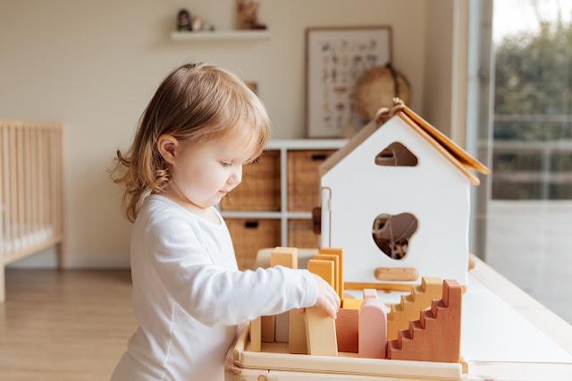 sensory play bayi 1 tahun