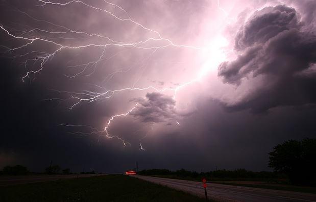 Pengaruh Cuaca Terhadap Hasil Mancing   panas hujan ombak angin petir