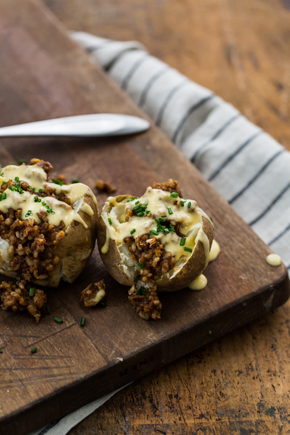 Cheesy BBQ loaded potatoes recipe by Naturally Ella