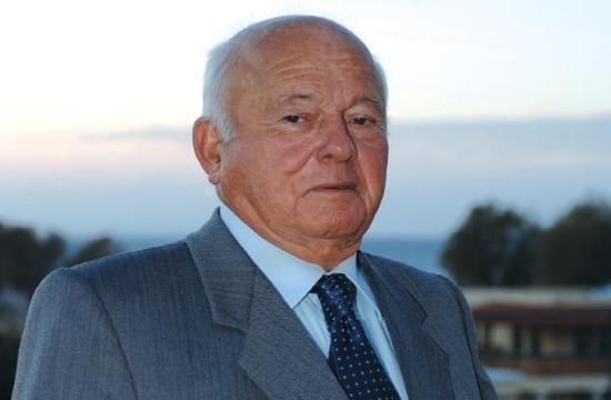 """Πέθανε ο Κώστας Μαντωνανάκης ιδιοκτήτης και του ξενοδοχείου """"Nafplia Palace """" στο Ναύπλιο"""