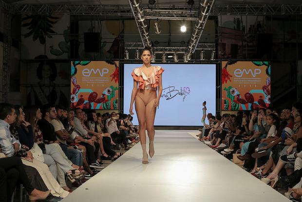 Desfiles conceituais e palestra de Ronaldo Fraga marcam o segundo dia do Estilo Moda Pernambuco