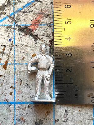 28mm Empress journalist miniature - size is way too big!