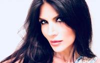 """Pamela Prati a """"Non è l'Arena"""" mostra foto e audio del presunto Mark Caltagirone: «Io ho creduto ciecamente in questa favola»"""