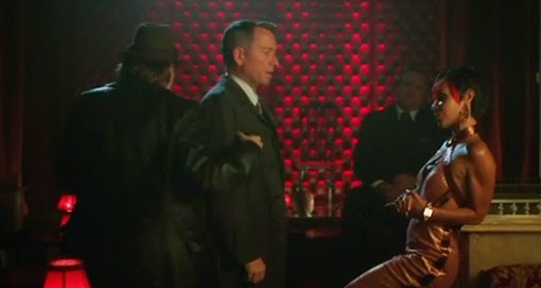 Alfred, Bullock y Fish Mooney en Gotham 1x10 - Lovecraft