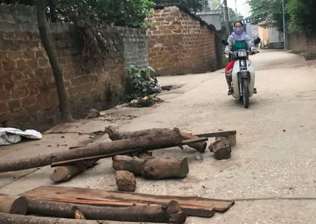 Tranh chấp đất Đồng Tâm: Máu đổ, người chết