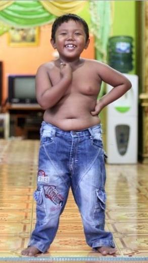 Masih Ingat bocah Ardi Rizal  Perokok 4 bungkus / Sehari !! Yg Viral Di Sosmed? Ini kondisinya sekarang