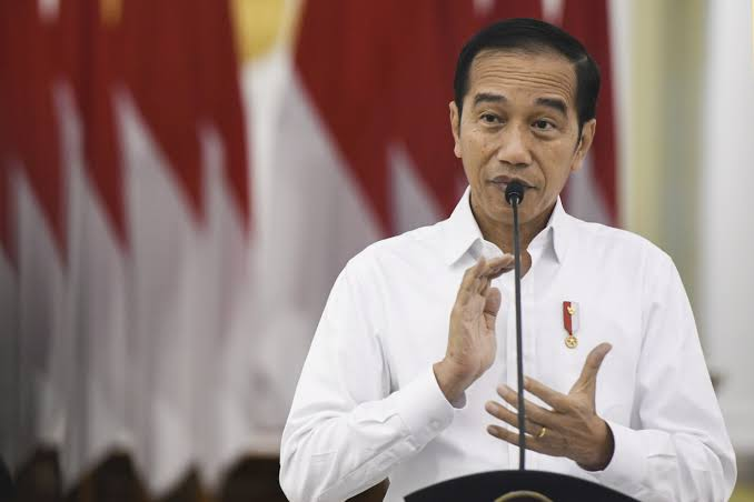 Tangani Corona, Jokowi: Jangan Sampai Kita Terlambat