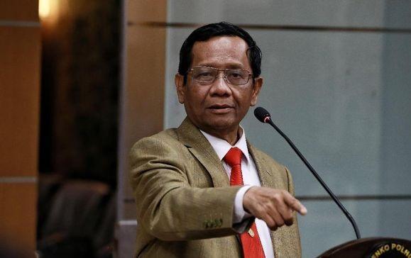 Mahfud MD Tegaskan Tak Beri Ruang Sedikitpun untuk PKI, Netizen: Maaf Pak Kami Perlu Bukti!