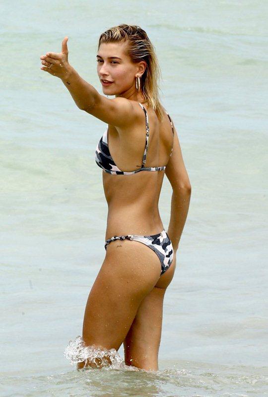 South Beach Braguitas de bikini con cintura plegada