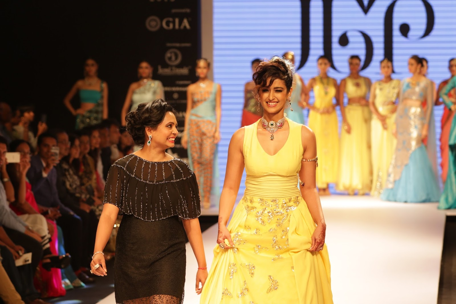 Ileana Ramp Walk Stills at IIJW 2015-HQ-Photo-22