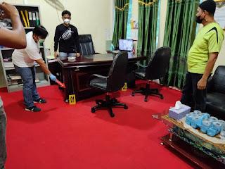 Satreskrim Polres Lingga Lakukan Penyelidikan Laporan Dugaan Tindakan Pengrusakan Kantor BKPSDM.
