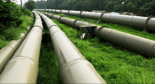 Two weeks after Abule Ado explosion, another NNPC pipeline starts leaking in Satellite Town