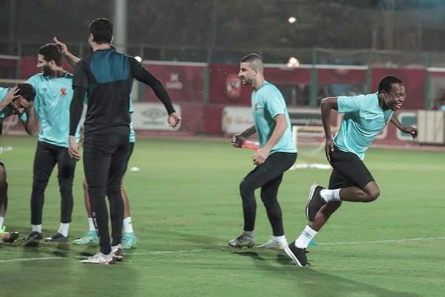 مران الأهلي  اللاعبون الجدد والعائدون من الإعارة ينتظمون في التدريبات