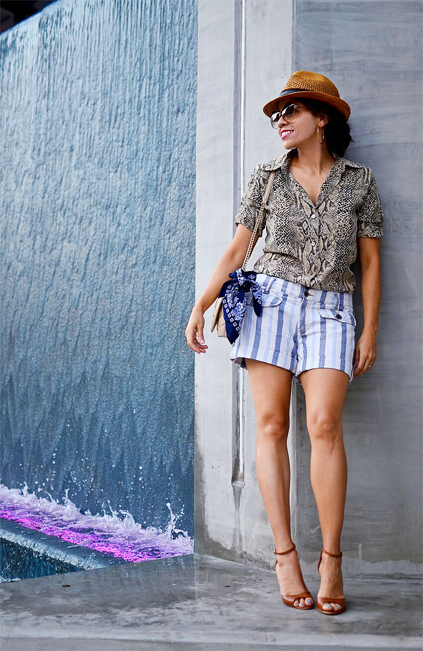 Striped shorts street style
