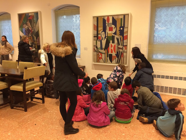 Children at Peggy Guggenheim Collection