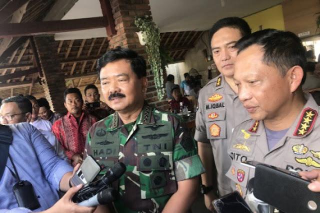 Foto Dua Jari Bareng Kapolri, Begini Kata Panglima TNI