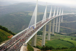 Millau - A ponte mais Alta do Mundo