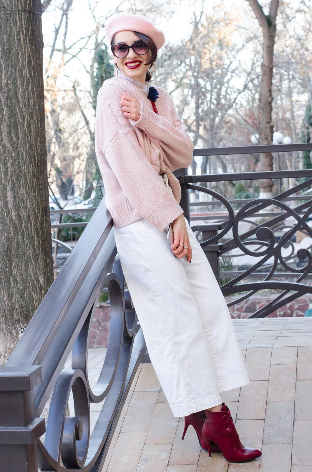fashion blogger diyorasnotes white cullotes zara pink jumper beret paris style