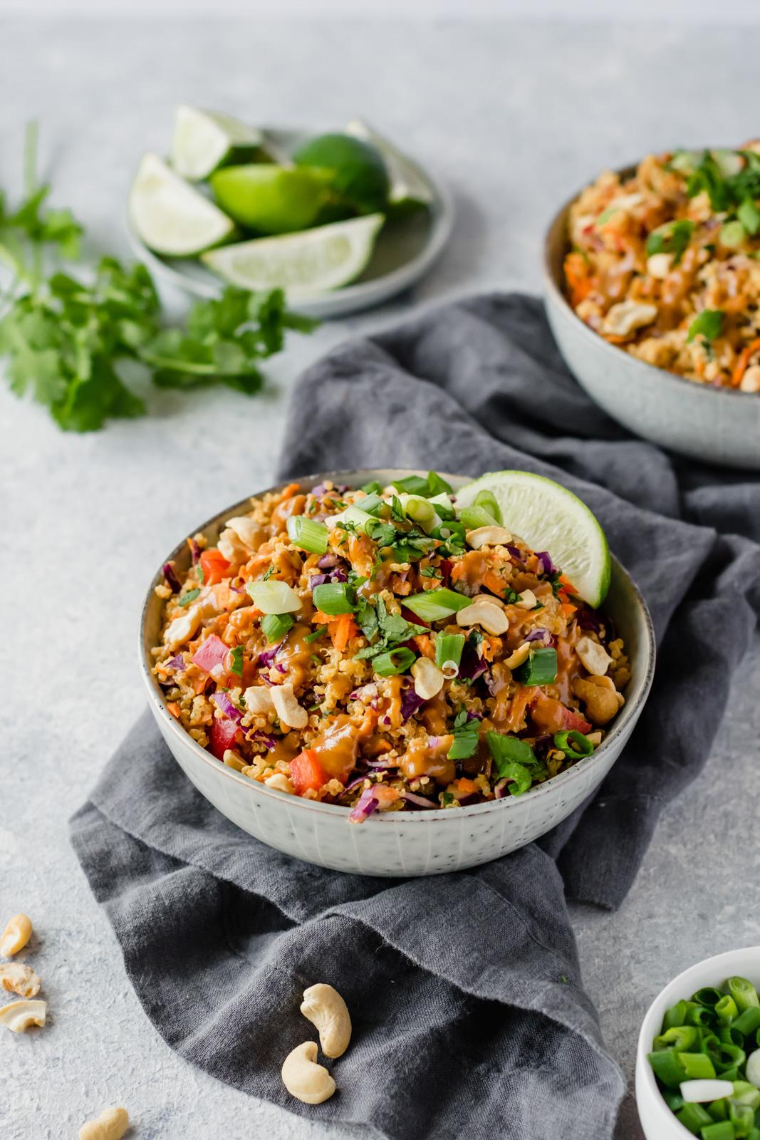 Famous Crunchy Cashew Thai Quinoa Salad #salad #vegetarian #breakfast #vegan #quinoa