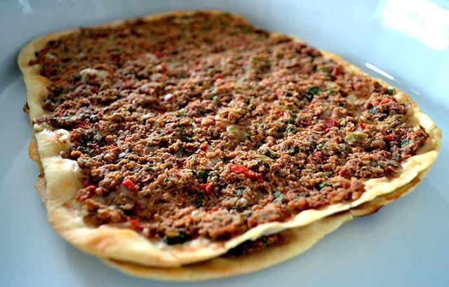 Lebanese Meat Pizza