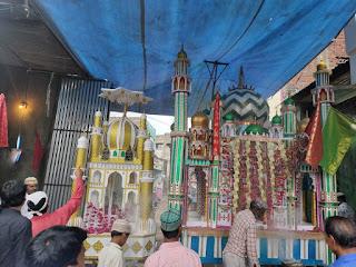 मस्जिद में आशुरे की नमाज अदा कर भारत देश में अमन शांति की दुआ की