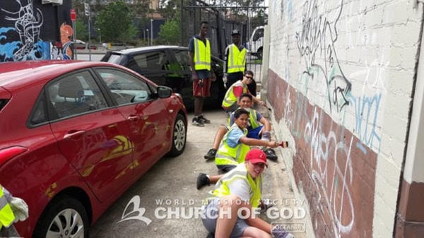 Environmental and Graffiti Clean up Campaign, Sydney