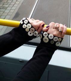 Customizar roupas com botões: