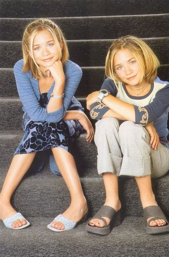 20 Mary-Kate & Ashley Olsen Outfits That I Would Wear Today