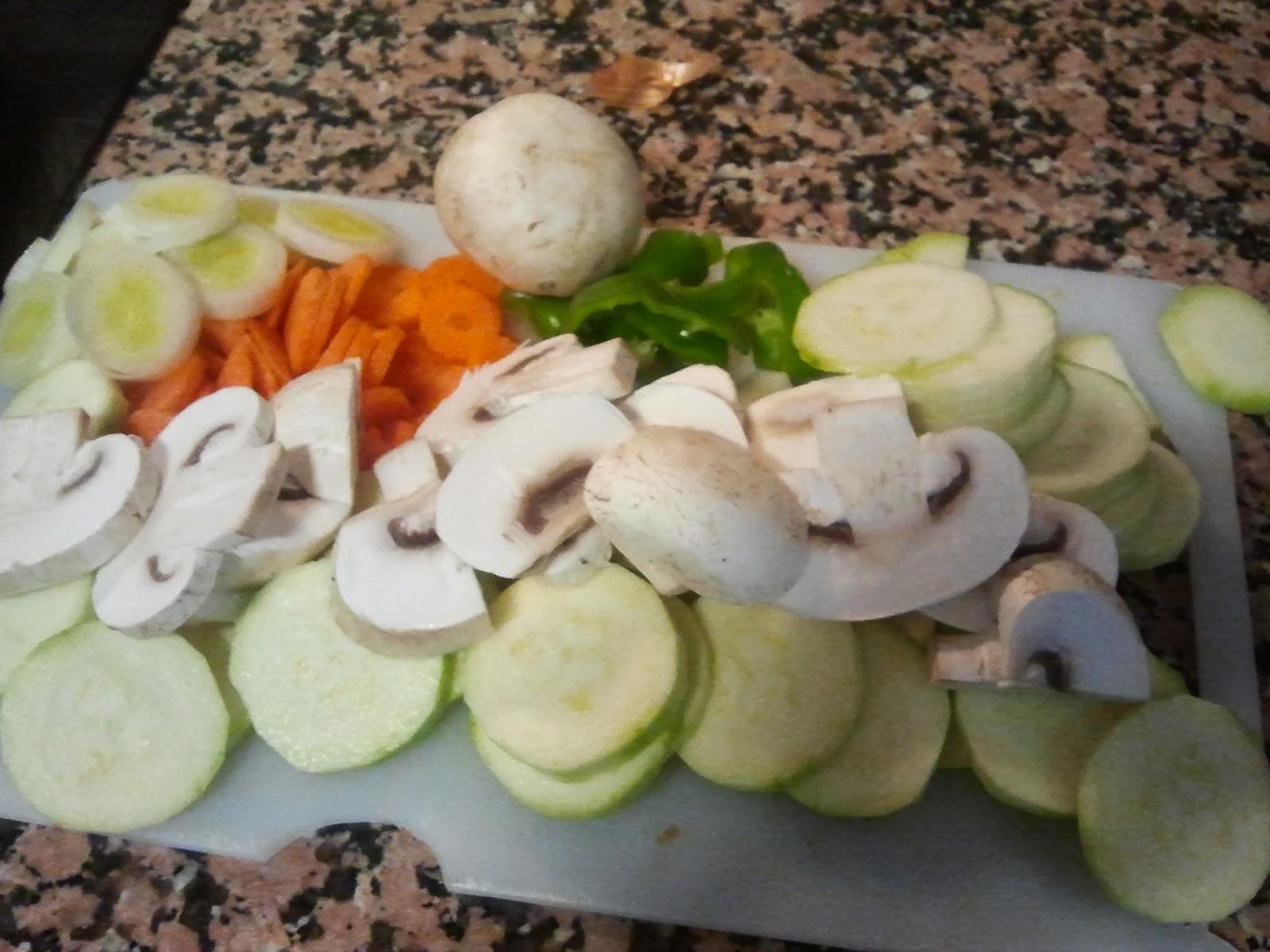 Crema de verduras ingredientes cortados