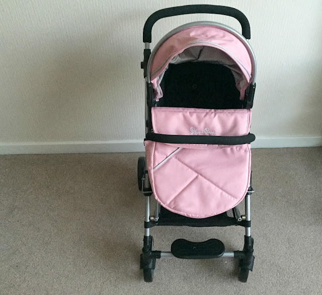Pioneer doll pram as a forward facing pushchair