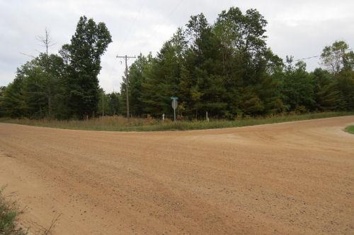 dirt road corner