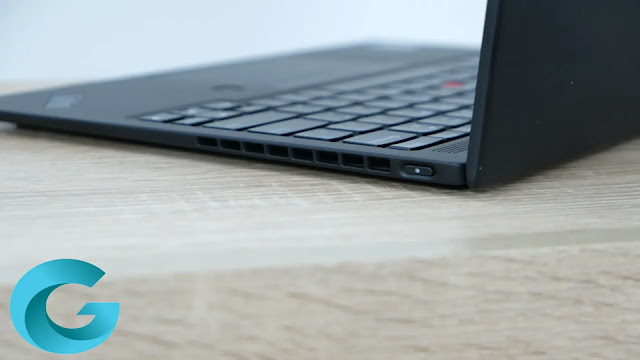 Lenovo did not hesitate to remove a series of ports on the ThinkPad X1 Nano