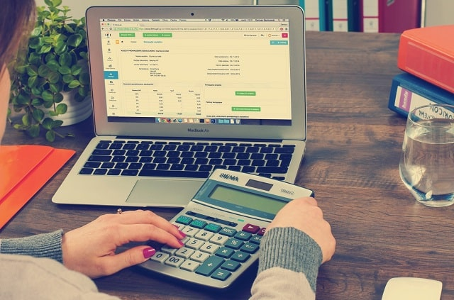 how to calculate total debt ratio