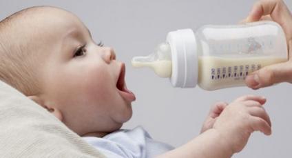 Cara Memilih Susu Formula yang Tepat untuk Bayi